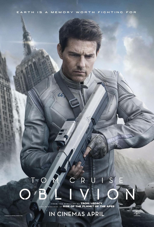 oblivion_tom_cruise_poster.jpg