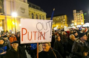 putin_buergerprotest-in-budapest.jpg