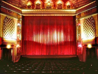 színház.jpg