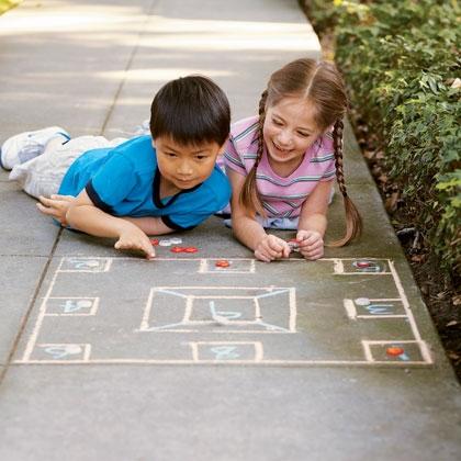 sidewalk-skellzies-games-photo-420-FF0507EFEA01.jpg