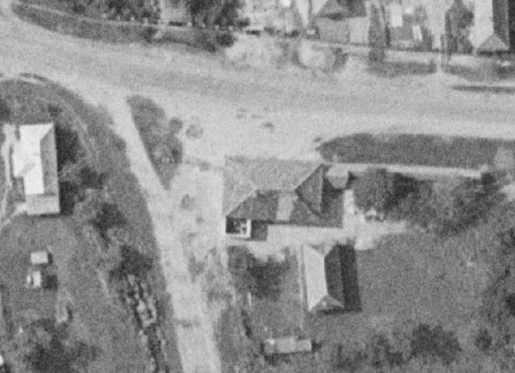 1966_püspöki kocsma.JPG