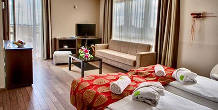 ce_plaza_hotel_siofok-2.jpg