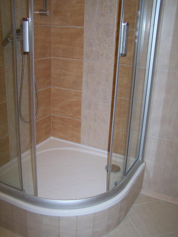panel-zuhany.JPG