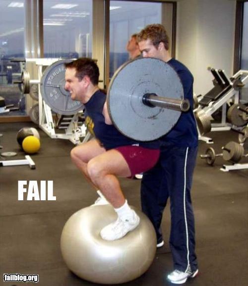 clueless-gym-bosu-squat_1.jpg