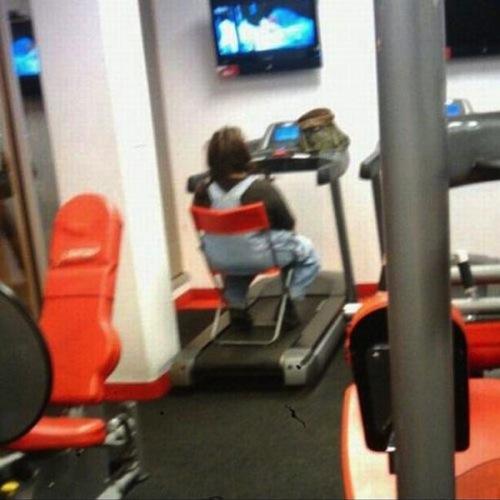 clueless-gym-chair_1.jpg