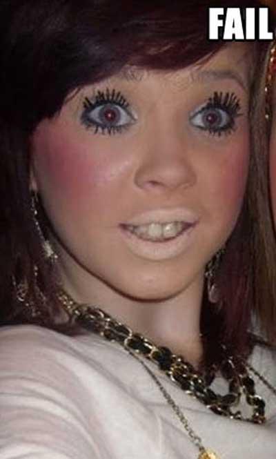 makeup-fails-eyelashes.jpg