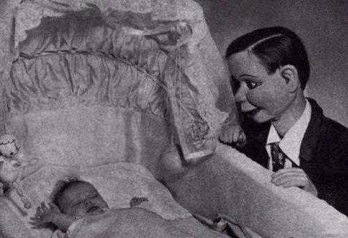 puppets-kill-watchingbaby.jpg