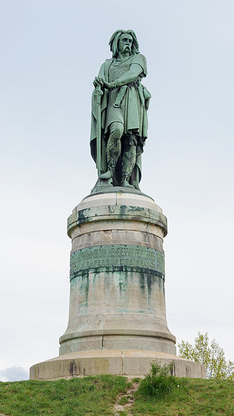 Alise-Sainte-Reine_statue_Vercingetorix_par_Millet.jpg