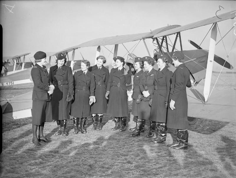 The_Air_Transport_Auxiliary,_1939-1945._C389 (1).jpg