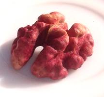 Különleges-piros-dió
