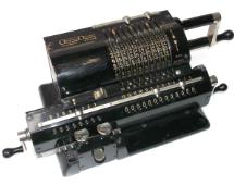 Mechanikus-kézi-számológép-Original-Odhner.jpg