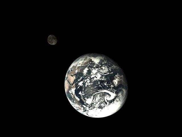 earthandmoon.jpg