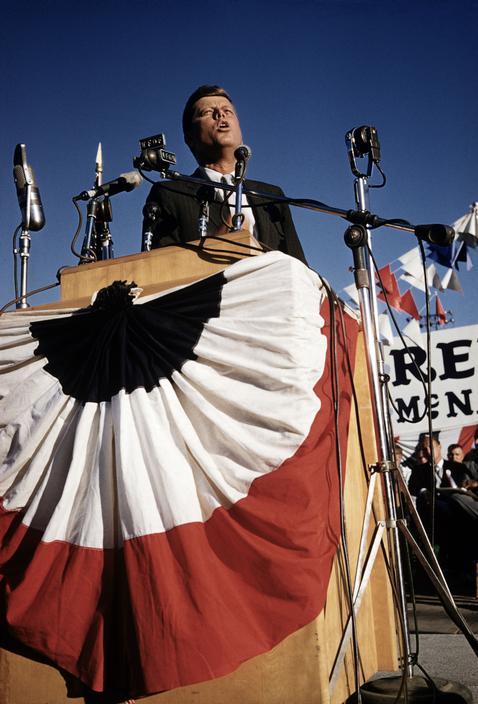 USA. 1960. John F. KENNEDY on a campaign tour..jpg
