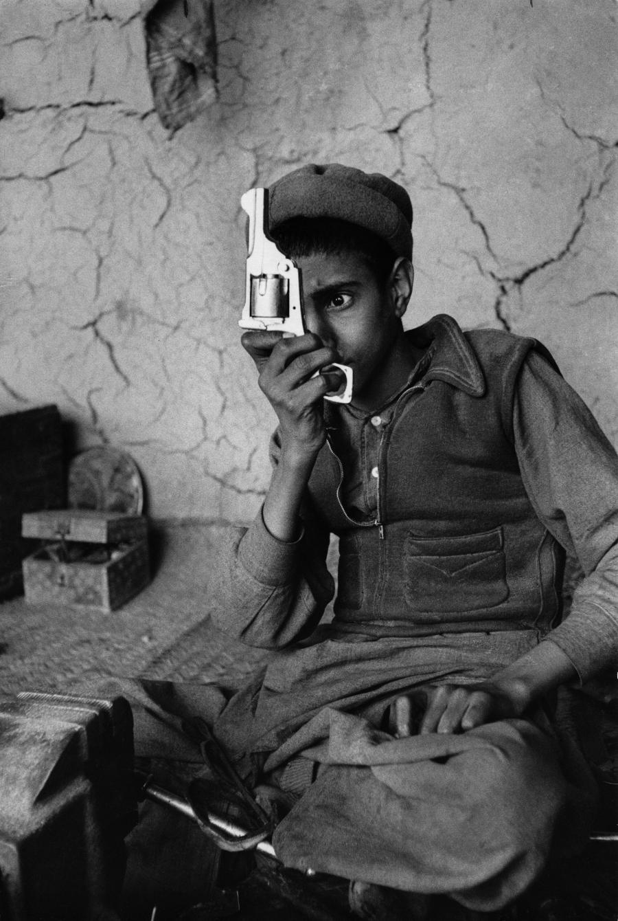 Fegyvergyár Kohatban az afgán határ közelében, Pakisztán, 1956.jpg