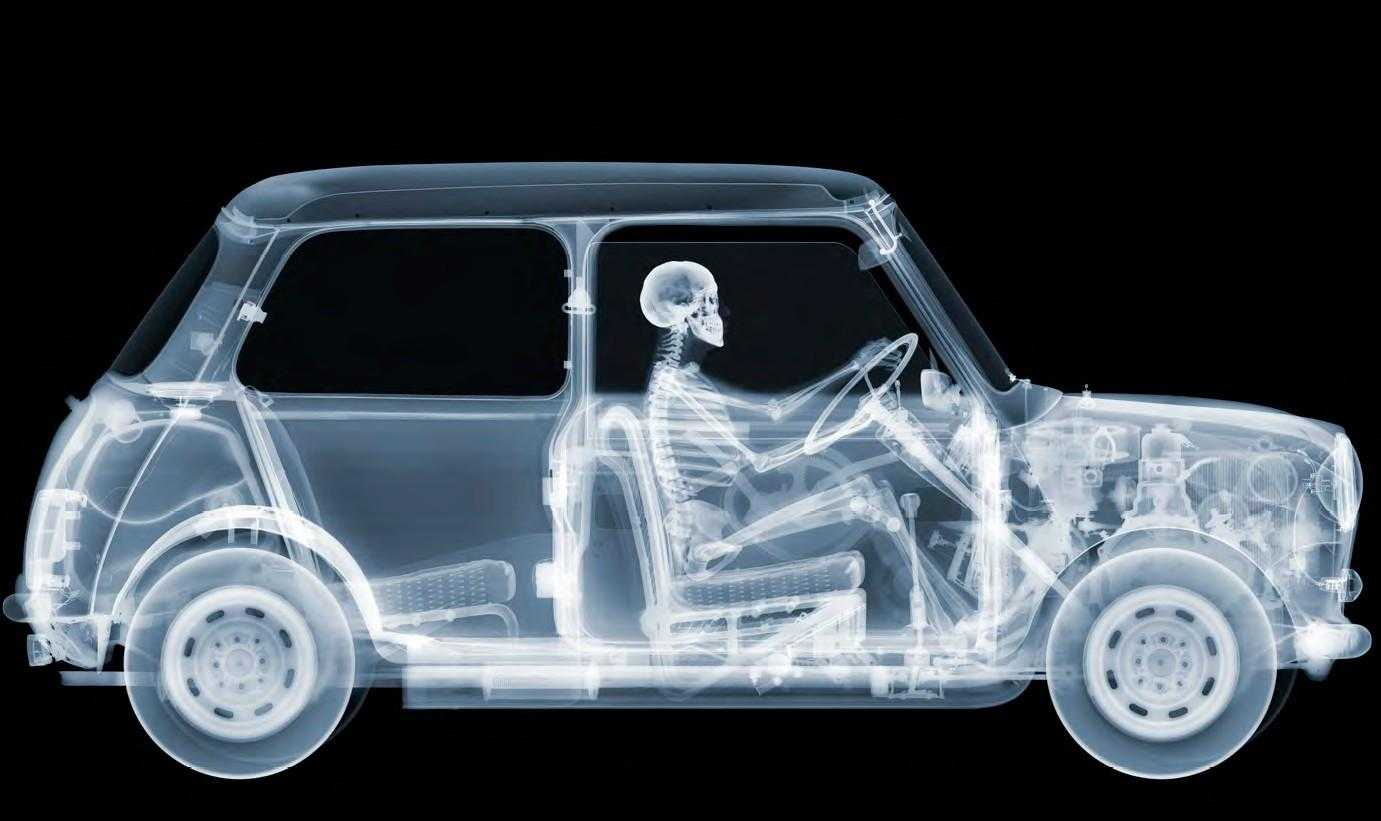 Mini-Driver-Beautiful-and-Fantastic-X-Ray-Machines-Photography-by-Nick-Veasey.jpg