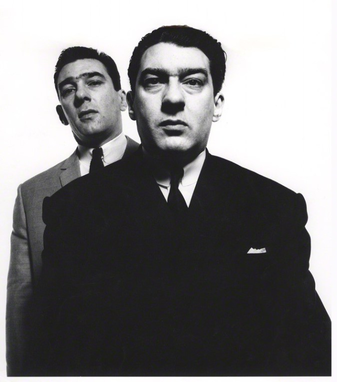the-kray-brothers-reggie-kray-ronnie-kray-1965-davod-bailey.jpg