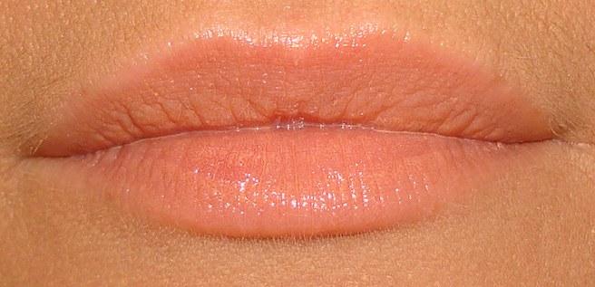50's Dream Miss Pupa lipstick test (9).JPG