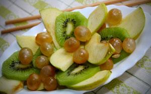 zöld gyümölcssaláta.jpg
