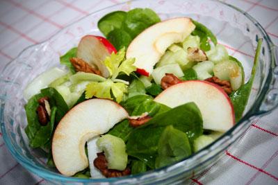 zeller-alma-dió saláta.jpg