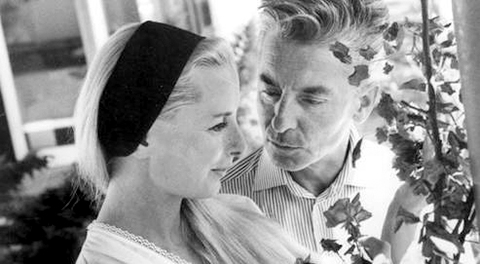 karajan_and_his_wife.jpg