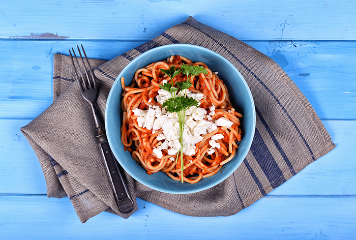 babos_feta_sajtos_spagetti_2_kesz_700.jpg
