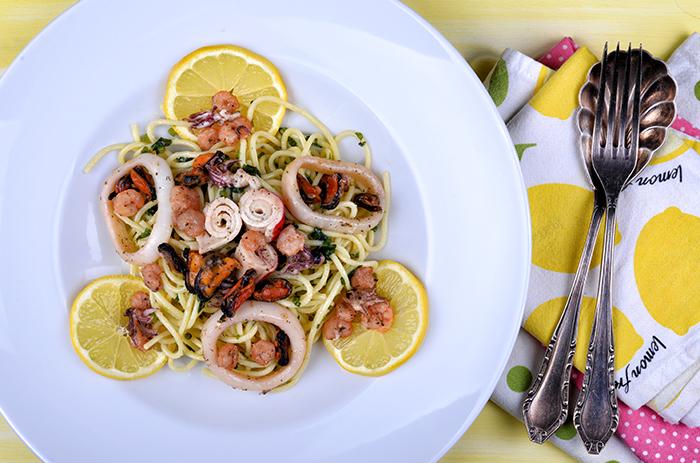 spagetti_tenger_gyumolcseivel_2_kesz_700.jpg
