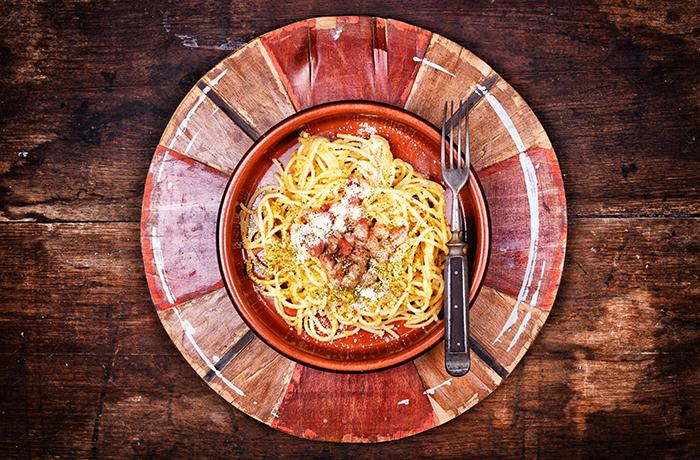 szalonnás-tojásos spagetti 1 kész 700.jpg