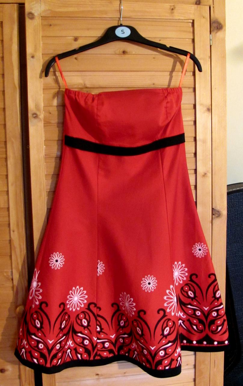 Kész: A piri ruha