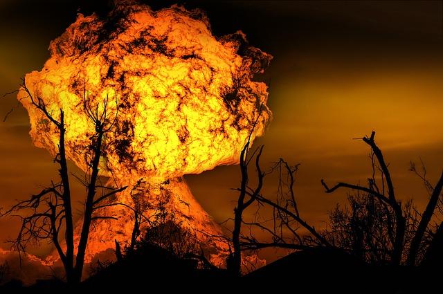 explosion-123690_640.jpg