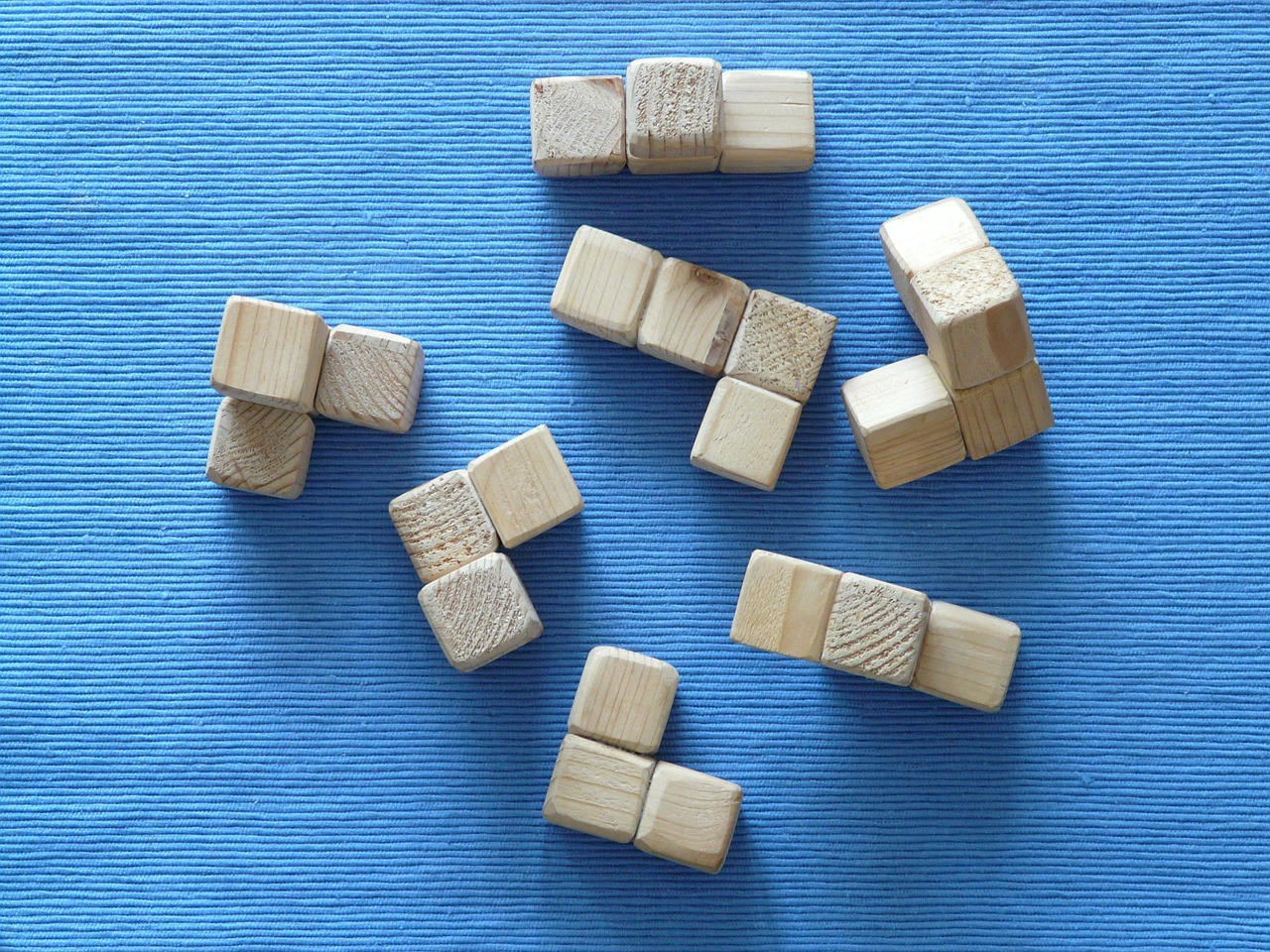 puzzle-7503_1280.jpg