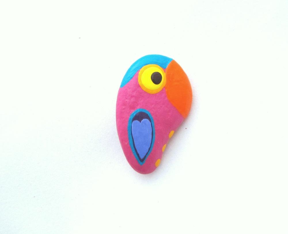 Rózsaszín papagáj kitűző