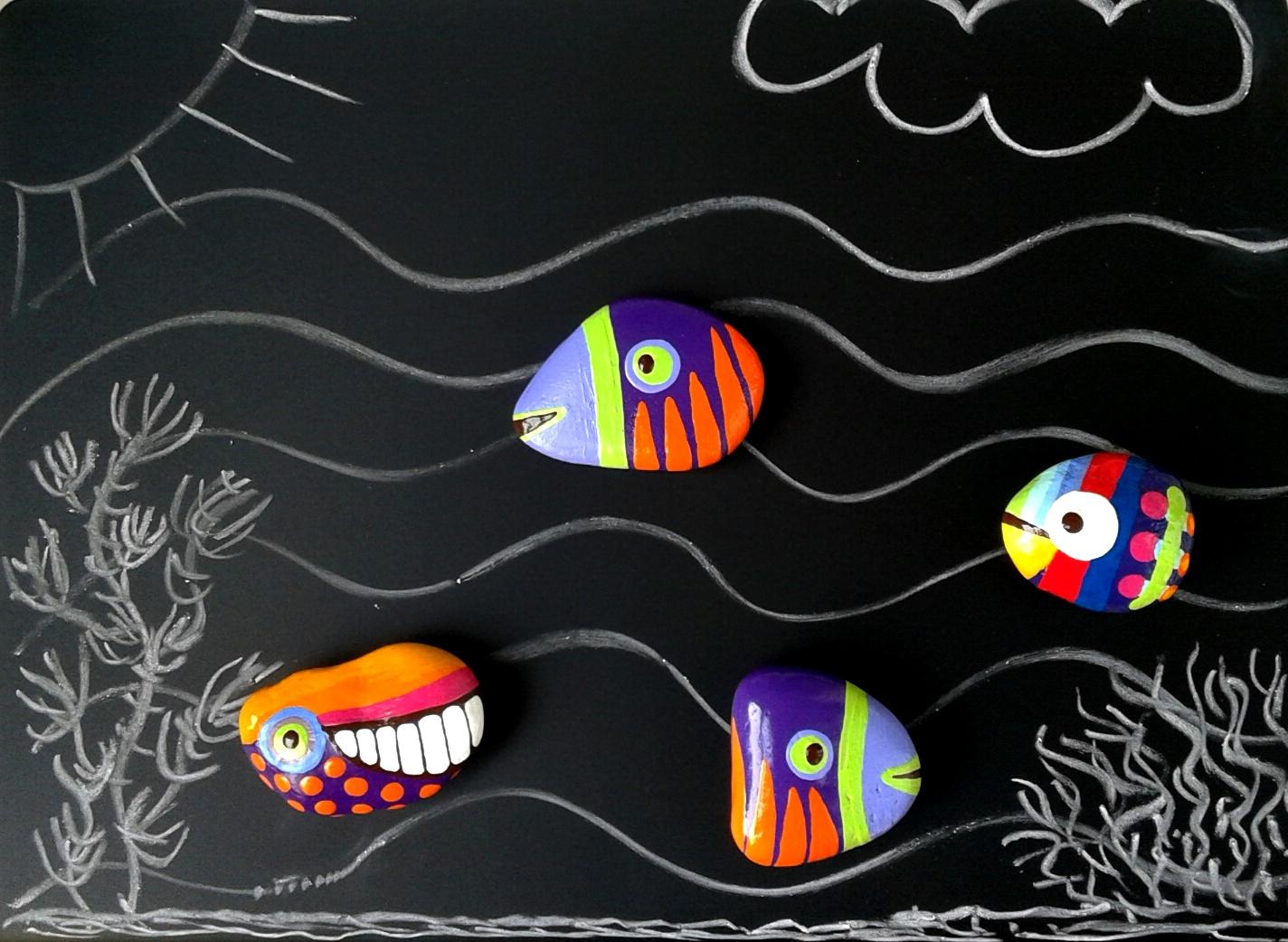 Rajzolható háttértábla halakkal és bálnával. A legkreatívabbaknak.