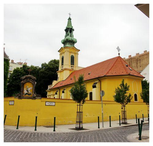 12797-pesti-szerb-templom-ortodox-templomlatoatas-budapesten.jpg