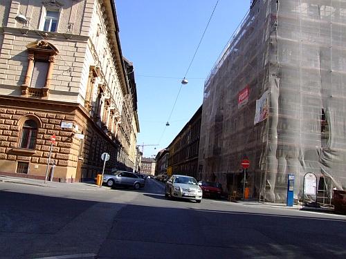 vorosmarty_utca.jpg