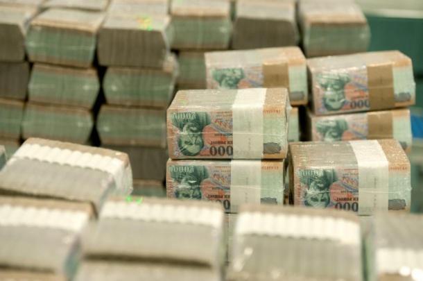 kemény pénz, hogyan lehet)