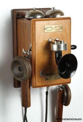 Telefon 1900.jpg