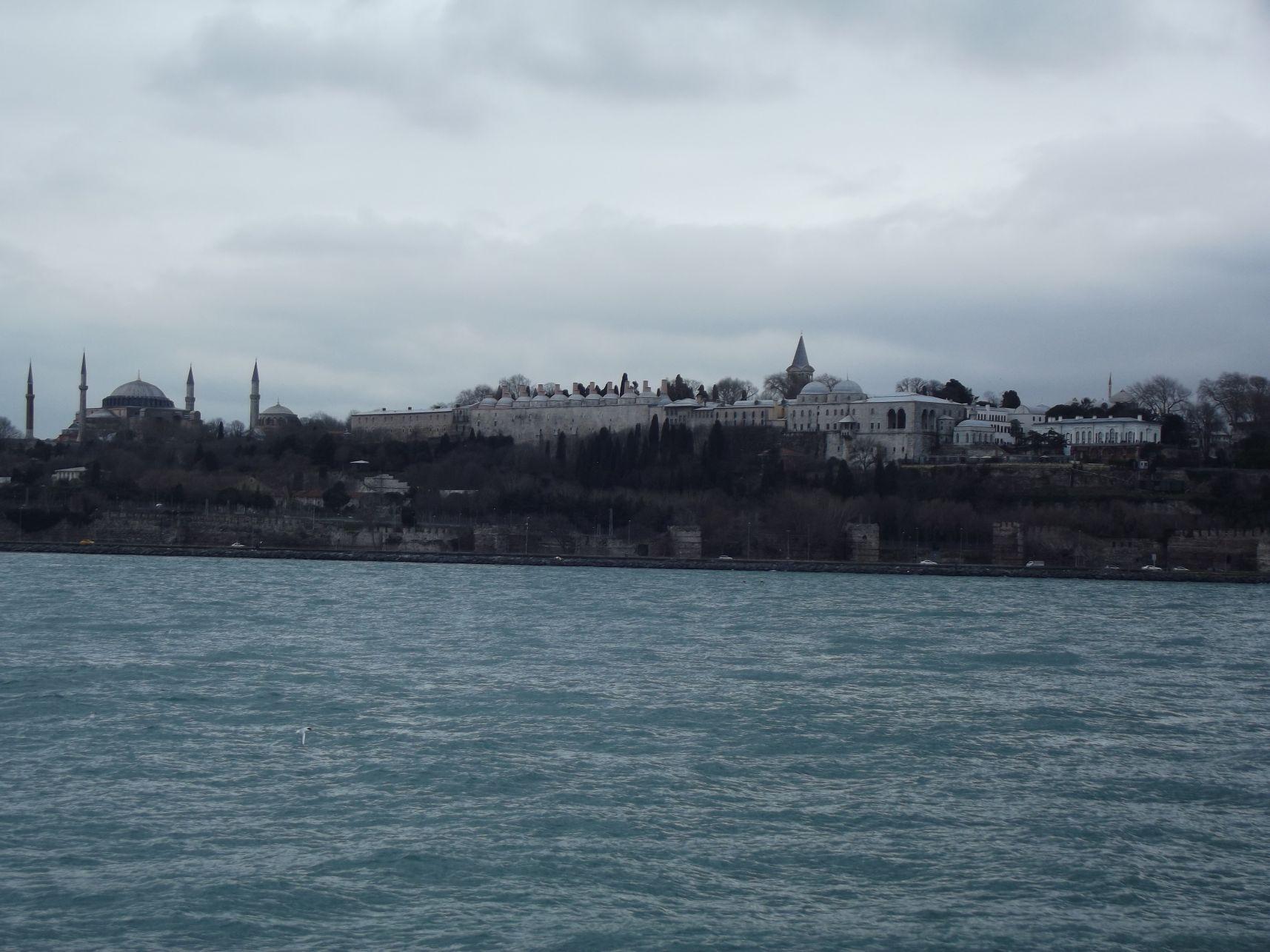 Hagia Sophia, Topkapi Palota a hajóról