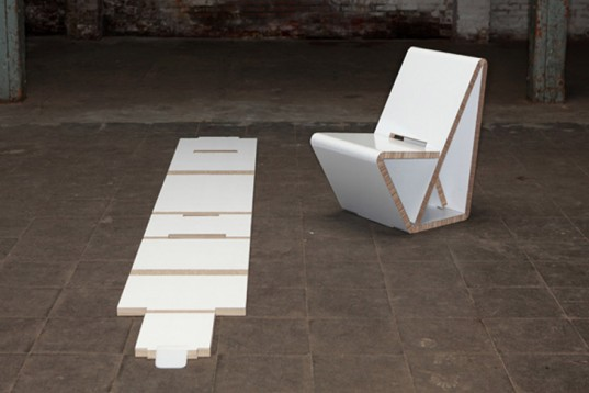 01_Dutch studio Nuy of NOORT-VouwWow-VW01-Recycled-Honeycomb-Flatpack-Chair-1-537x358.jpg