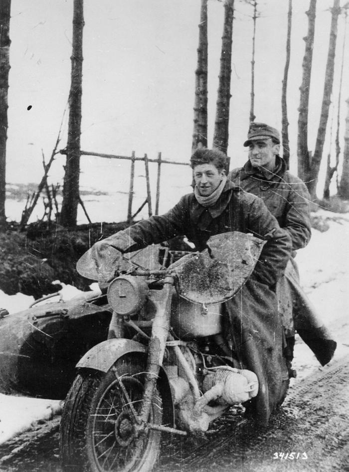 german_motorcycle_17_dec_44.jpg