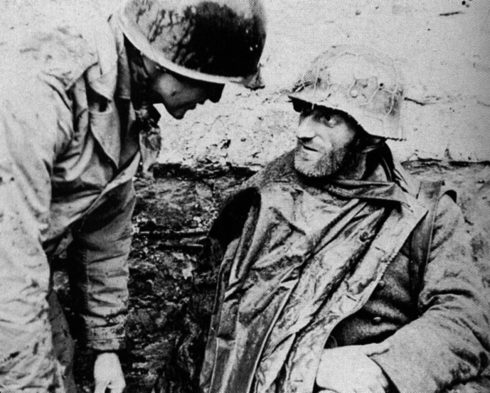 hurtgen german prisoner dec 1944.jpg