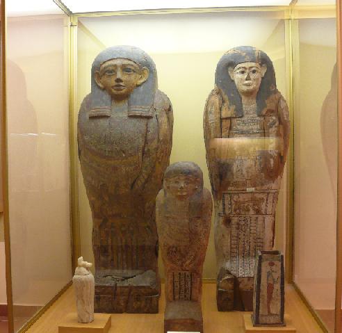 Back Fülöp és az Embertani Tár múmiái