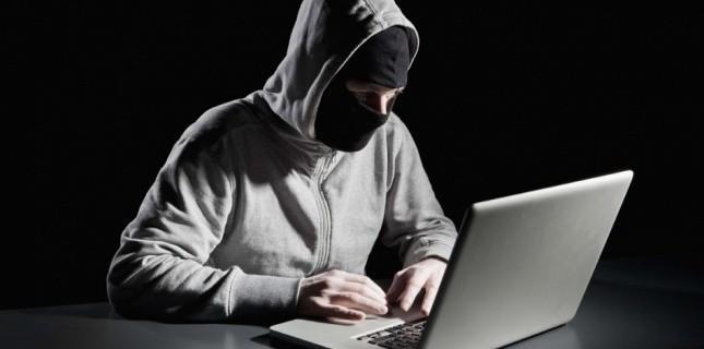 3625663-des-hackers-inconnus-attaquent-l-armee-americaine.jpg