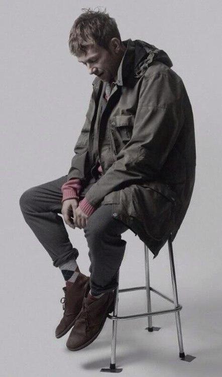 albarn-stool.jpg