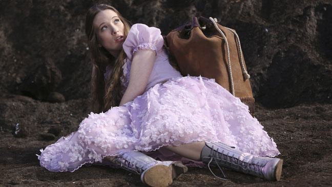 ONCE_UPON_A_TIME_IN_WONDERLAND_a_l (1).jpg