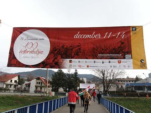 Az ünnepség molinója magyarul is