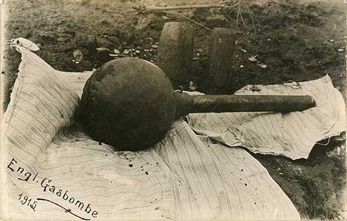 Angol gázbomba 1915-ből