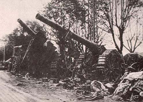 Az olaszoktól zsákmányolt ágyúk, Isonzó front 1917