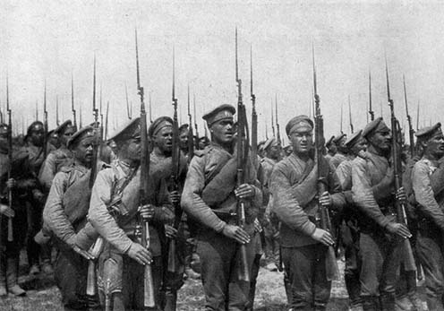 Felsorakozott orosz gyalogság