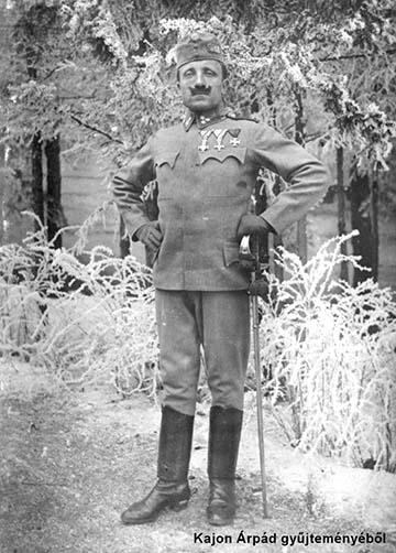 Huszár törzsőrmester