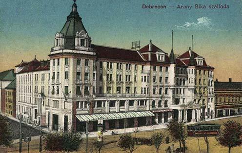 A debreceni Arany Bika szálloda korabeli képeslapon